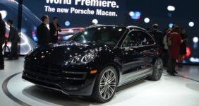 Porsche Macan Adhoc's campaign in the top three